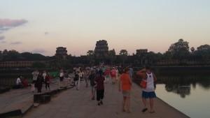 Ров к Ангкор Ват